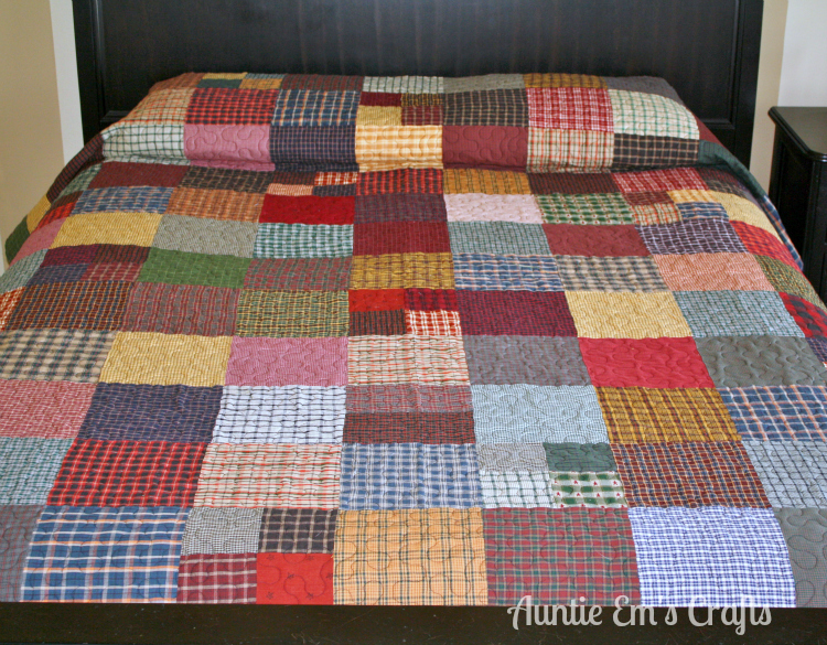 Dad's homespun quilt by AuntieEmsCrafts.com