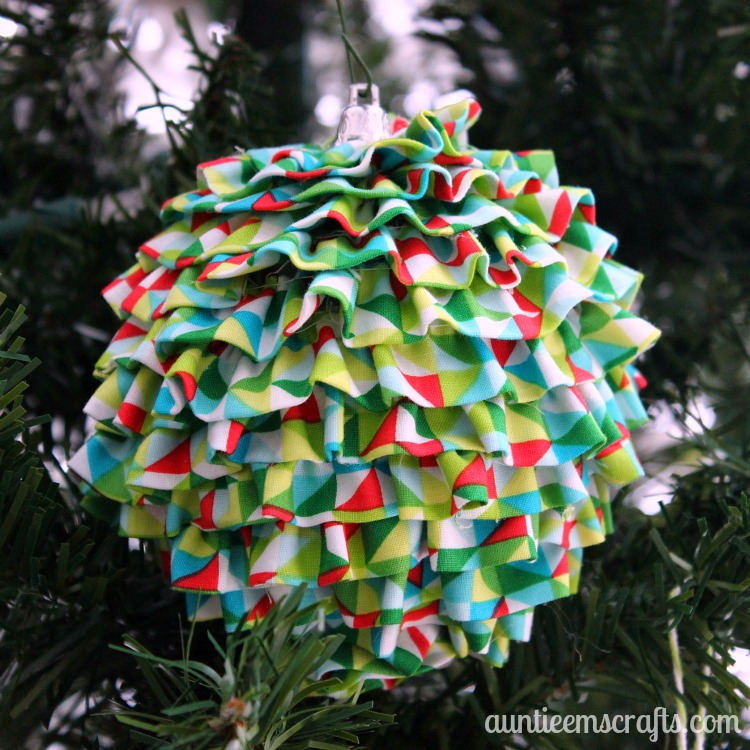 Upcycled Ruffle Ornament | AuntieEmsCrafts.com