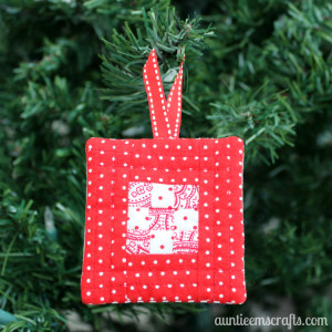 9 Patch Quilt Block Ornament | AuntieEmsCrafts.com