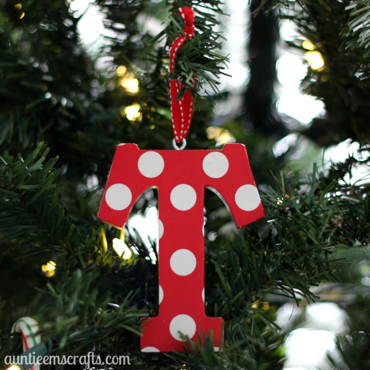Wooden Initial Ornament | AuntieEmsCrafts.com