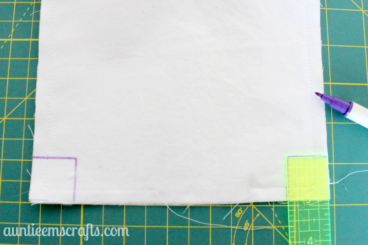 Maxi Pad and Pantiliner Zippered Pouch Tutorial | AuntieEmsCrafts.com
