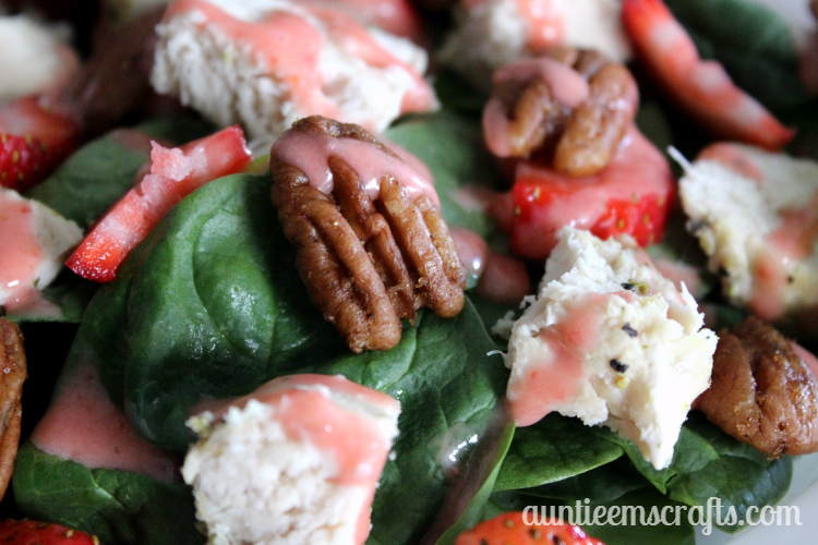 Summer Strawberry Salad with Candied Nuts and Homemade Dressing | AuntieEmsCrafts.com
