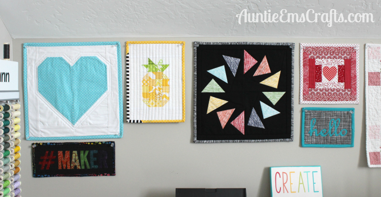 Pineapple Mini Quilt and a Giveaway! | Auntie Em's Crafts