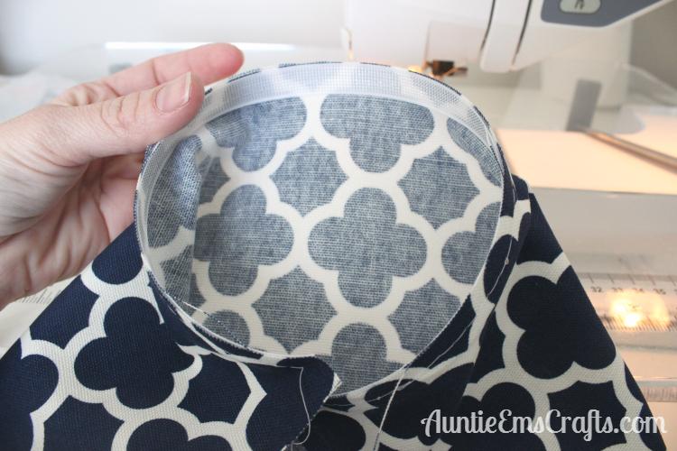 Grocery Bag Holder Tutorial & Clover Giveaway | AuntieEmsCrafts.com